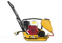 PC8806H Виброплита бензиновая Sturm!, Honda GX160, 5.5 л.с, 51x35см, подача воды